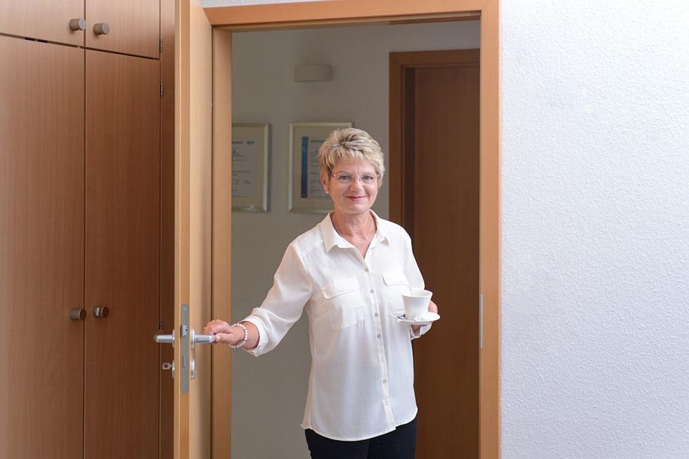 Ihr Steuerberater in Frankfurt und Weinheim: Steuerfachangestellte für Lohn und Gehalt bei Kurka Martha Reinhard